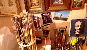 Художнику  срочно требуются деньги на оплату  аренды мастерской.