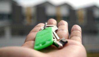 Где взять деньги на аренду квартиры — только эффективные решения