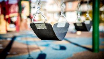 Как собрать деньги на детскую площадку — только эффективные методы