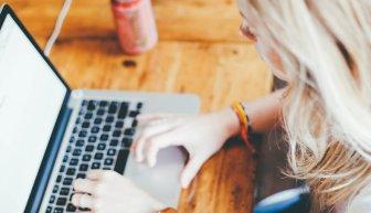 Материальная помощь в Интернете — лучший сайт и отзывы